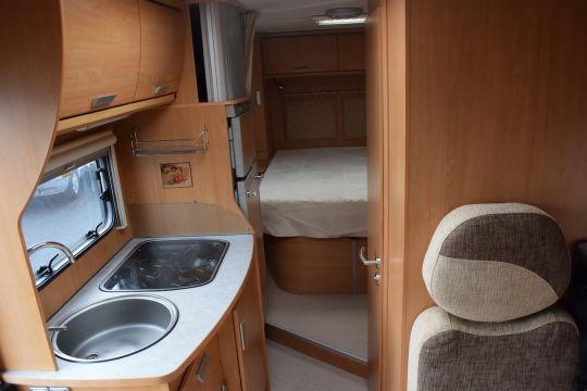 Bavaria t 72 lit central vente de camping car neufs et occasion la rochelle - Camping car profile lit central occasion ...